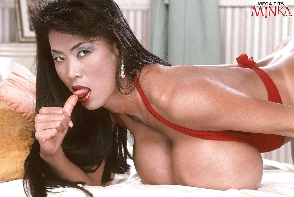 reifen asiatischen haarige pussy ausbreitung