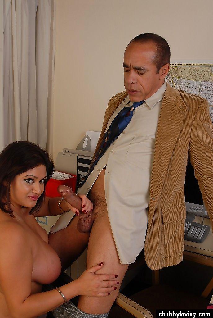 Mature Latina Handjob