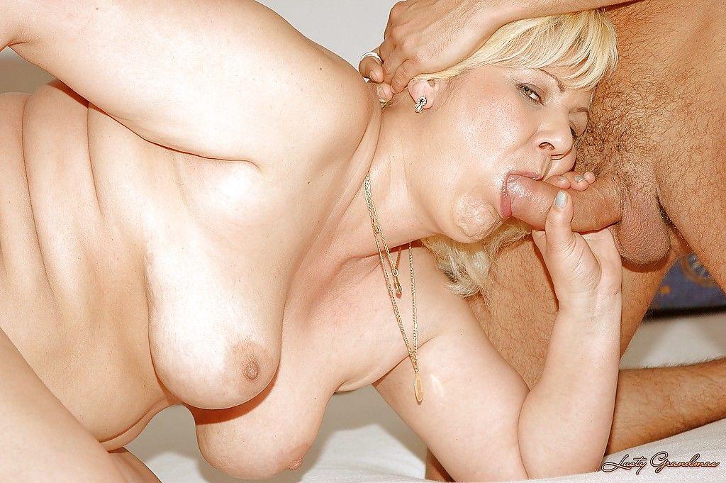 повернулся оглядевшись пожилой нравится давать грудь порно приказал