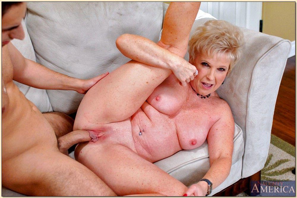 порно бабушка повесть