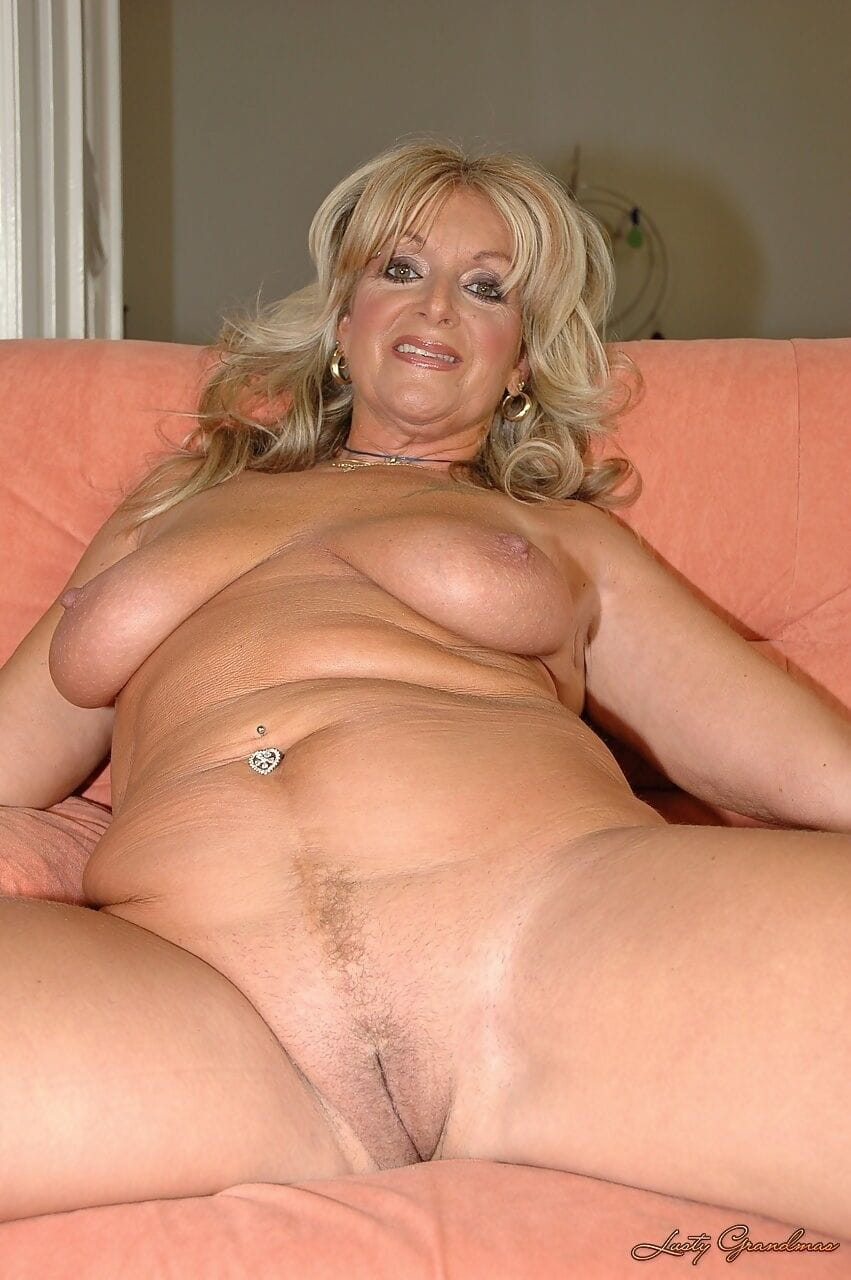 Große Titten Blondine Amateur Grosse Titten
