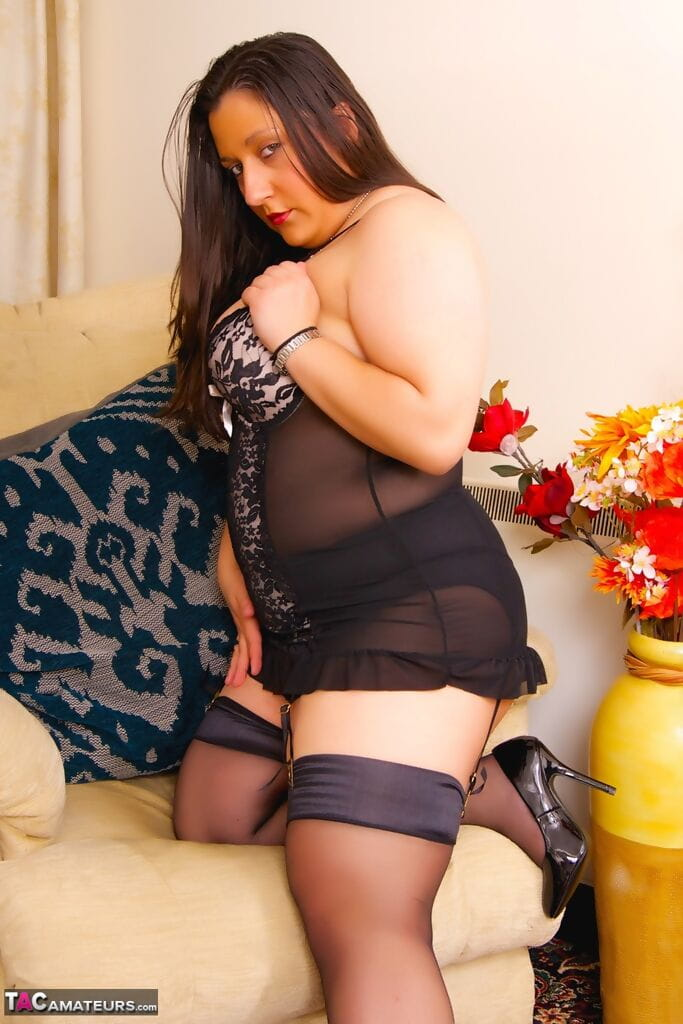 Kimberly Liebe  nackt