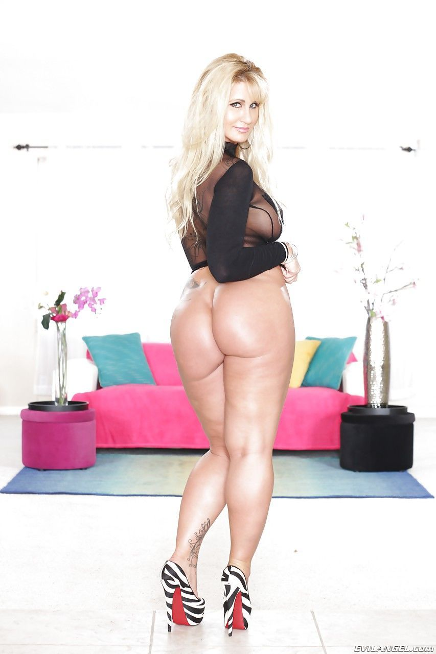 Blondes that eat cum from asses random photo gallery